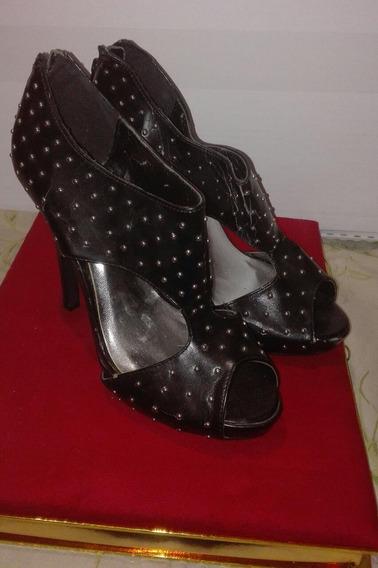 Zapatos Charlotte Russe De Cuero Y Tachas Taco Aguja N° 38