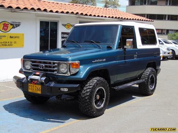 Toyota Land Cruiser Carevaca Cabinado