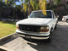 Ford F-250 4.6 Xlt V8 Mt