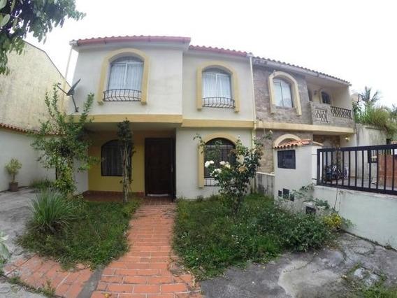 Casas En Venta Mls #20-12696