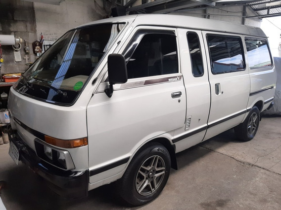 Nissan Vannete 1990