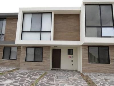Casa En Renta En El Refugio, Queretaro, Rah-mx-20-1449