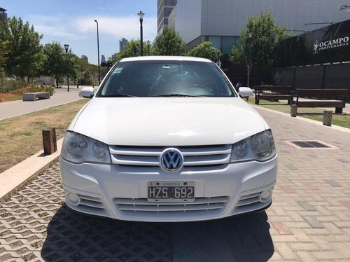 Volkswagen Golf 1.6 Conceptline 2009