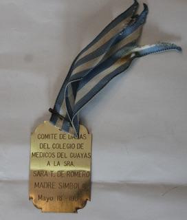 Medalla Comite De Damas Del Colegio De Medicos Del Guayas