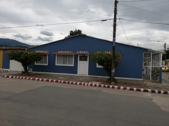 Vende Casa Esq Villavicencio 3 Habitaciones 2 Baños Garaje