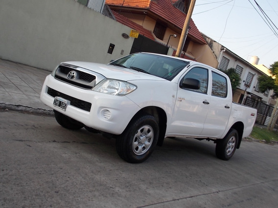 Toyota Hilux 2.5 Dx Doble Cabina