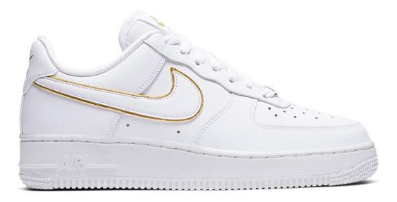 Zapatillas Nike Air Force 1 07 Essential 8235