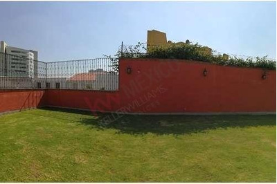 Terreno En Hacienda De Las Palmas Interlomas