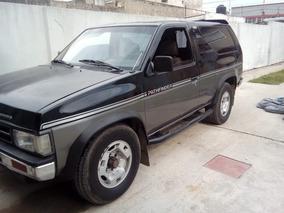 Nissan Pathfinder 2.7 4x4 D 1992