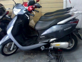 Honda Lead Delux Scooter