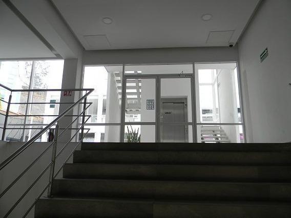 Ove003.- Venta Oficina, Ubicado Edificio. Bosque Esmeralda.