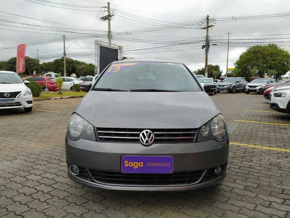Volkswagen Polo Sedan 1.6 Comfor