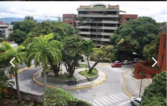 Bellisima Apartamento En Exclusiva Zona De Caracas