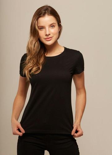 Camiseta Lisa Feminina