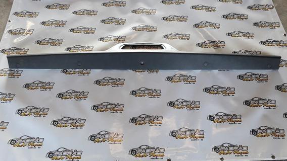 Aplique Maçaneta Tampa Traseira Montana 2011 Original.
