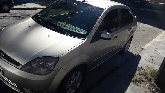 Ford Fiesta Max Edge Plus 1.6 2006 (4 Gomas Nuevas)