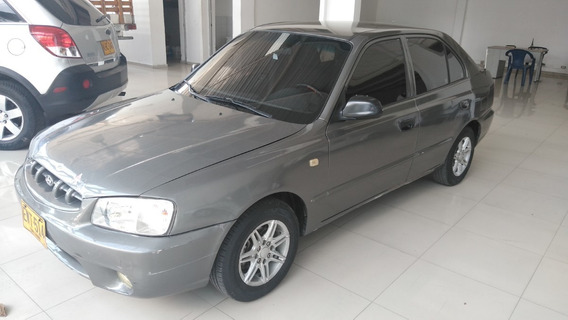 Hyundai Accent Full 2000
