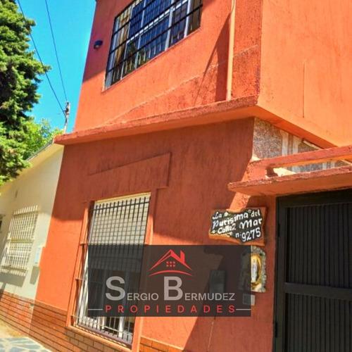 Calle 2 N° 9275/ Excelente Zona !!! 200 M De La Playa !!!