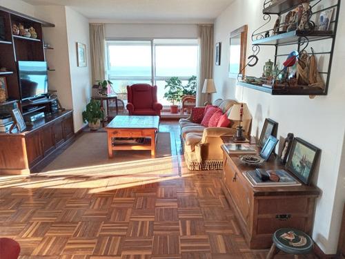 Dueño Vende Excepcional Apartamento Frente Al Mar