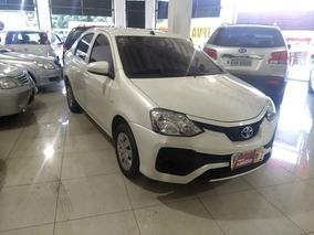 Toyota Etios 1.5 X Plus Sedan 16v 2018