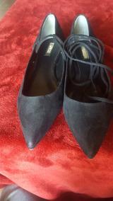 Guess, Zapato Negro Tipo Flat Para Dama (talla 24)