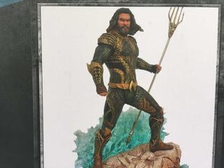 My Princess: Diamond Select Toys Dc: Aquaman Pvc Figure