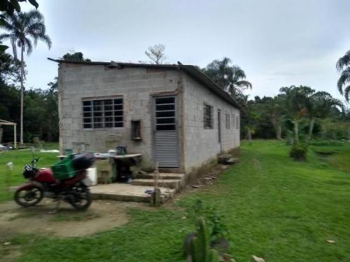 Imagem 1 de 9 de Chácara Litoral Sul Lado Serra 3230m²-ref. 7283/dz
