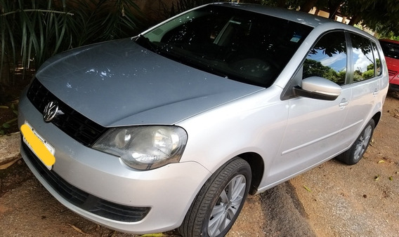 Volkswagen Polo 1.6 Vht Total Flex 5p 2011