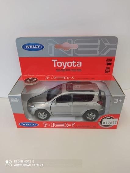 Auto Toyota Rav 4 Welly Escala 1:36