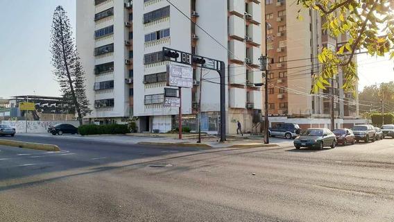 Local Comercial En Alquiler. Delicias. Mls 20-17520. Adl.