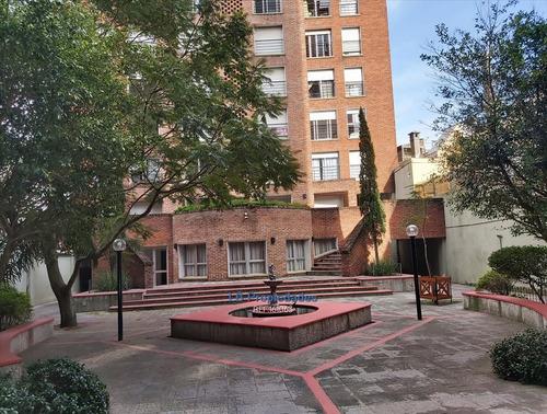 Apartamento 1 Dormitorio Frente Parrill Fondo Verde