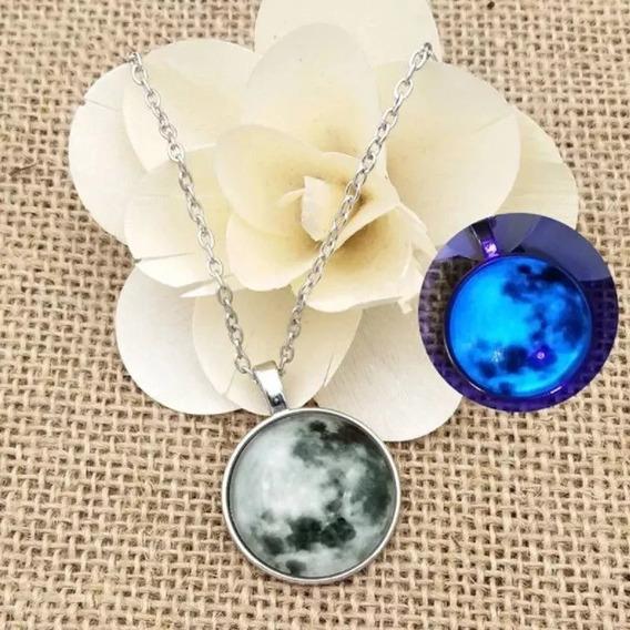Colar Lua Cheia Blue Moon Brilha Escuro Pronta Entrega 24hs