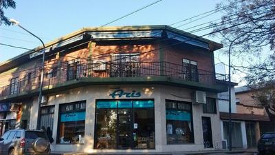Pilar Centro! Piso Con 2 Deptos Y Terraza, Ideal Oficinas!