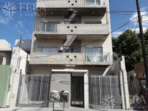 Imagen 1 de 8 de Venta De Departamento 2 Ambientes Con Cochera En Quilmes (26314)