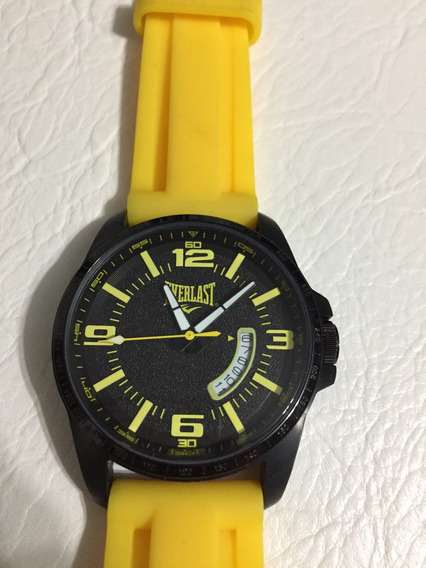 Relógio Everlast Original Fundo Preto Com Pulseira Amarela.