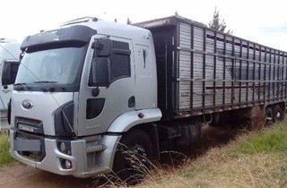 Ford Cargo 2429 Boiadeiro Ano 2014