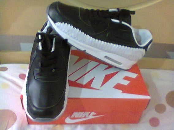 Tenis Nike Air Max 90 Preto E Branco Em Couro Nº42 Original