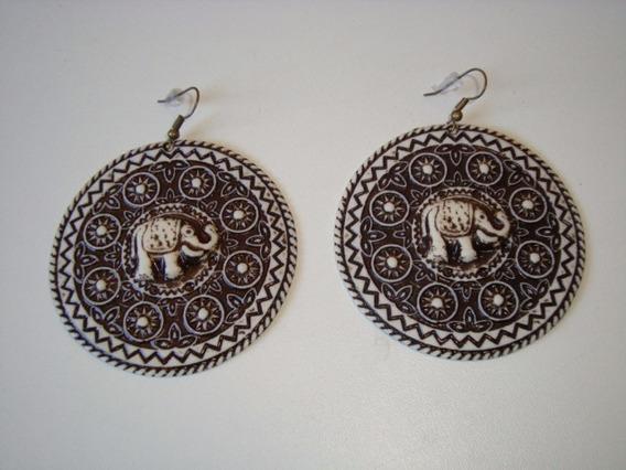 Par Brincos Metal Dourado Resina Mandala Elefante