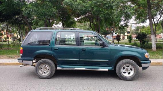 Camioneta Ford Explorer 4x4
