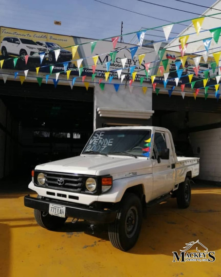 Toyota Hembrita Land Cruiser 4x4 2007
