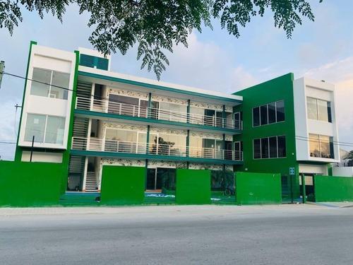 Edificio En Venta De 3 Niveles Y 15 Locales Sobre Avenida En Playa Del Carmen