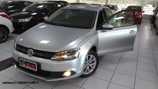 Volkswagen Jetta 2.0 Comfortline Flex Automática/ 2013/prata