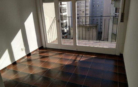 Departamento En Venta Zona Centro - 2 Ambientes Invertido Con Balcón