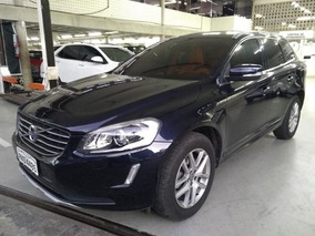 Xc60 2.4 D5 Momentum Diesel 4p Automatico