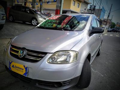 Volkswagen Fox Plus 1.0 Total Flex 8v 4p