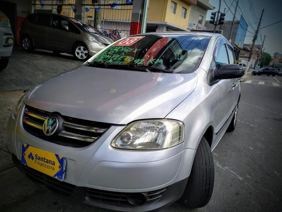 Volkswagen Fox Plus 1.0 Total Flex 8v 4p