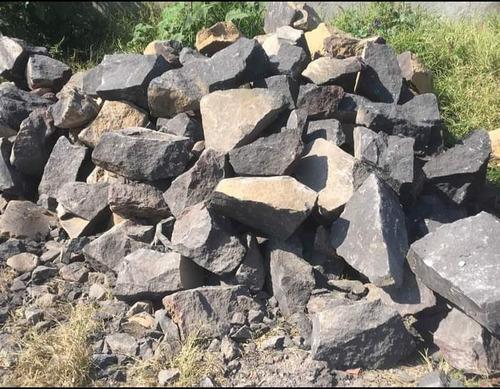 Imagen 1 de 4 de Piedra Negra P/mampostería  1m3 & Materiales Construcción
