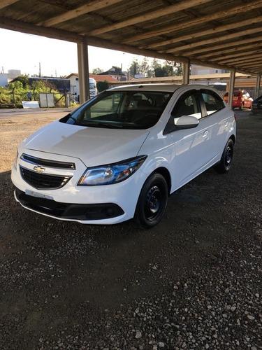 Imagem 1 de 10 de Chevrolet Onix 2013 1.4 Lt 5p