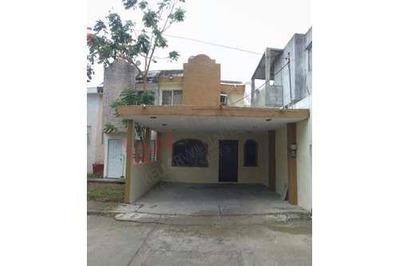 Casa En Venta Fraccionamiento Fernandas Ii ,en Tancol.