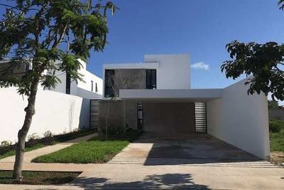 Residencia En Privada Arborea 42, Entrega Inmediata.